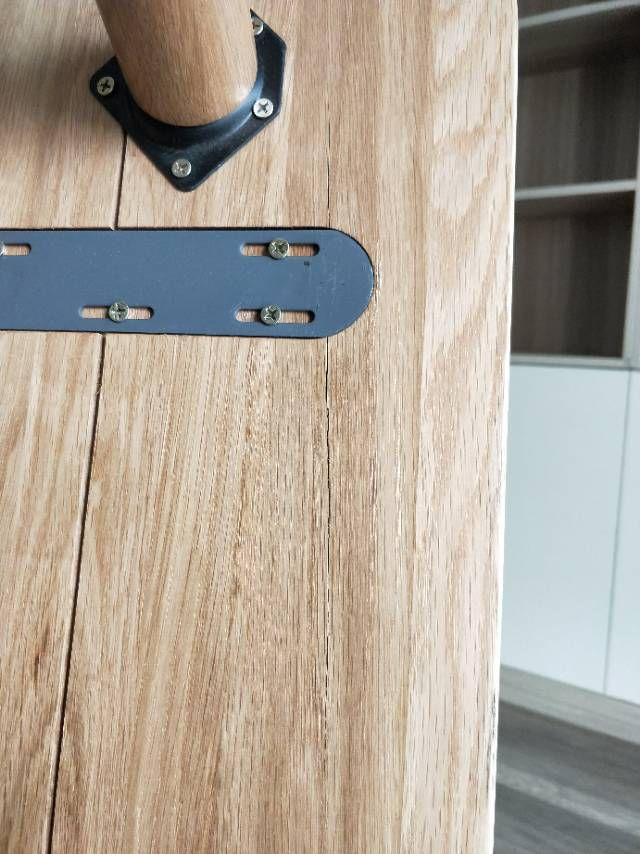 竟然裂了!新买实木家具没用就报修三次,是不是质量问题? 「每日一答」140