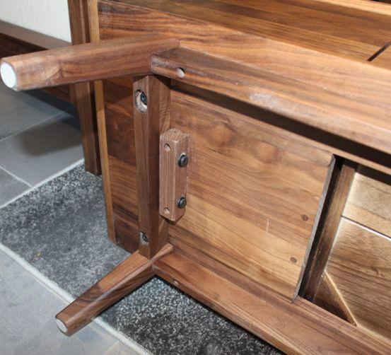 深度:黑胡桃木家具值得买吗?如何鉴别木材真假?和橡木、樱桃木相比哪个更好?买家具必看的选购知识!