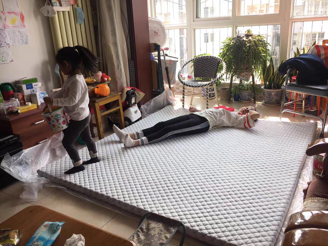 揭秘:啥乳胶床垫,那就是「褥子」!不到2000元,买床乳胶还是席梦思?棕垫、弹簧、乳胶到底咋搭更合适?改善睡眠必看!